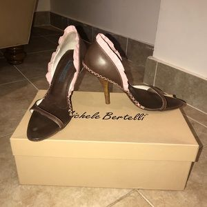 Michele Bertelli Size 35 1/2 Vitello T Moro Heels
